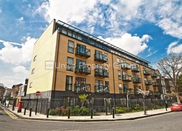 Thumbnail 2 bed flat to rent in Shore Road, Hackney