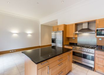 Thumbnail 4 bed terraced house to rent in King's Road, Chelsea