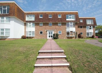 2 bed flat to rent in Westlake Gardens, Worthing BN13