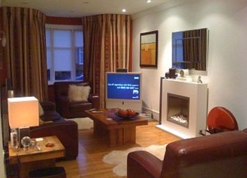 Thumbnail 3 bed property to rent in Park Avenue, Enfield