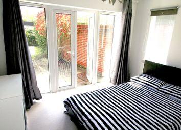 Thumbnail Room to rent in Cavendish Court, Newbury, Berkshire