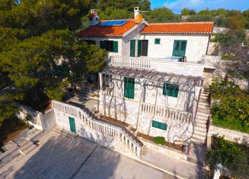 Thumbnail 7 bed detached house for sale in Sumartin, Croatia