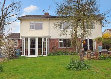 Thumbnail 4 bedroom detached house for sale in Shepherds Mount, Compton, Newbury