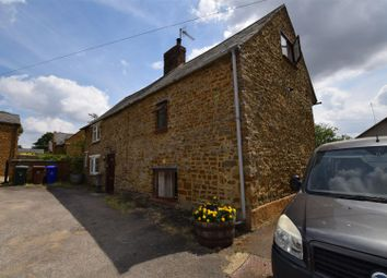 Thumbnail 2 bed cottage for sale in Oxford Road, Adderbury, Banbury