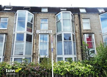 Thumbnail 1 bed flat to rent in Carlton House, Anlaby Road