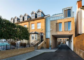2 bed property for sale in Kingston Road, Teddington TW11