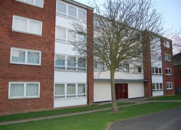Thumbnail 3 bed flat to rent in Hornbeam Road, Buckhurst Hill