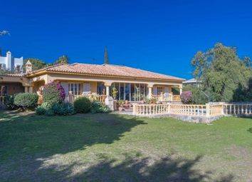 Thumbnail 4 bed villa for sale in Spain, Málaga, Estepona, El Paraiso