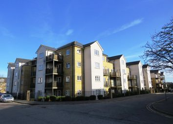 Thumbnail Flat for sale in Clarendon Way, Colchester