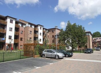 Thumbnail 2 bed flat to rent in Vaughan House, High Wycombe, Bucks