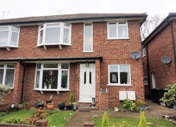 Thumbnail 2 bed maisonette for sale in Algers Mead, Loughton