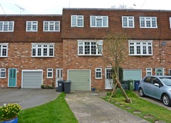 Thumbnail 4 bedroom terraced house to rent in Fieldhead Gardens, Bourne End