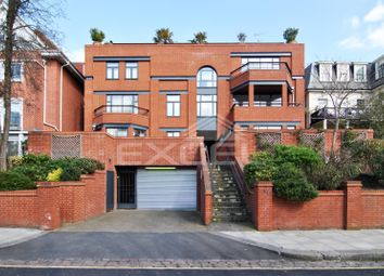 Thumbnail Flat to rent in Lindfield Gardens, Hampstead, London