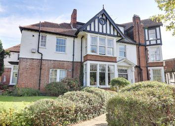 2 bed flat for sale in Chalkwell Avenue, Chalkwell, Westcliff-On-Sea SS0
