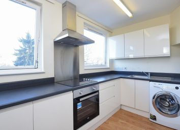 Thumbnail 3 bedroom flat to rent in Netherlands Road, New Barnet