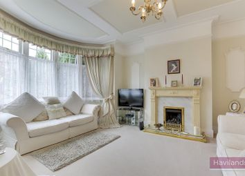 4 bed property for sale in The Orchard, London N21