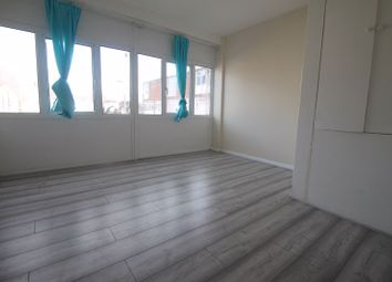 4 bed terraced house to rent in Russet Close, Uxbridge UB10