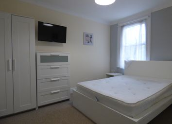 Thumbnail Room to rent in Kingshill Road, Old Town, Swindon