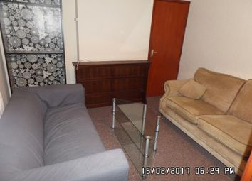 Thumbnail 3 bed flat to rent in Gold Street, Cardiff