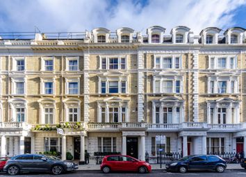 Thumbnail 1 bed flat for sale in Clanricarde Gardens, Notting Hill
