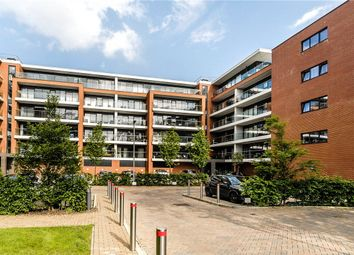 Thumbnail 1 bed flat to rent in Racecourse Road, Newbury, Berkshire