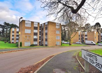 Thumbnail 1 bedroom flat to rent in Lampits, Hoddesdon, Herts