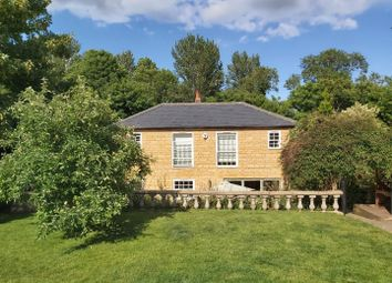 Gayhurst, Newport Pagnell MK16. 4 bed detached house for sale