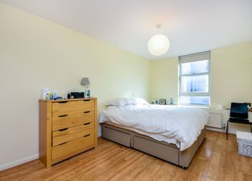 Thumbnail 1 bed flat to rent in Pier House, Chelsea