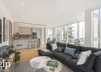 Thumbnail 1 bed flat for sale in Gauging Square, Wapping