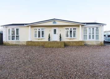 Thumbnail 3 bed mobile/park home for sale in Oxford Road, Princethorpe, Rugby