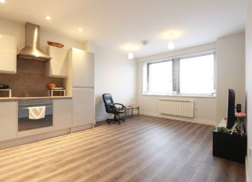 Thumbnail 1 bed flat to rent in Endeavour House, Lyonsdown Road, New Barnet