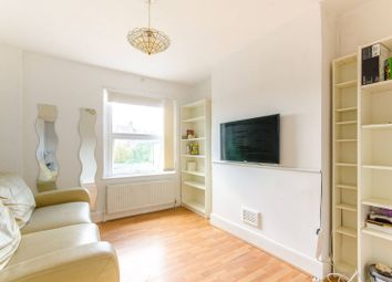 Thumbnail 2 bed flat to rent in Glenthorne Road, North Finchley