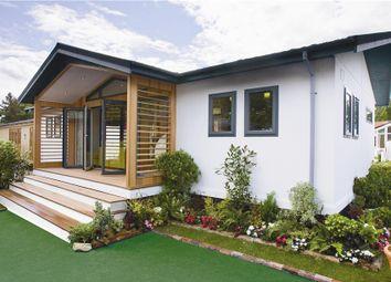 Thumbnail 2 bedroom mobile/park home for sale in Dengemarsh Road, Romney Marsh