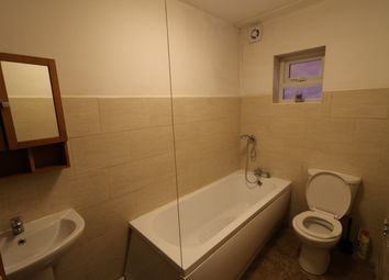 Thumbnail 1 bed flat to rent in Fitzroy Avenue, Luton