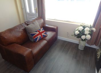 Thumbnail 2 bedroom flat to rent in Pershore Road, Selly Park, Birmingham, West Midlands