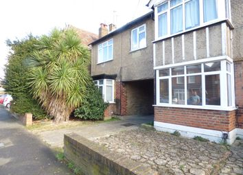2 bed maisonette to rent in Willoughby Road, Slough SL3