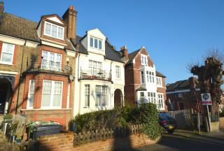 Thumbnail 2 bed flat to rent in Palace Road, Tuls