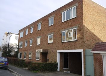 Thumbnail 2 bed flat to rent in South Avenue, Brighton