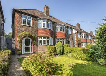 Watford Road, Croxley Green, Rickmansworth WD3. 3 bed semi-detached house