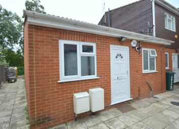 2 bed bungalow to rent in New North Road, Hainault IG6