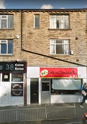 2 bed flat to rent in 320A Harrogate Road, Bradford BD2