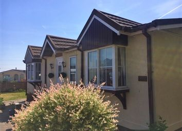 Thumbnail 2 bed mobile/park home for sale in Willow Park, Mancot, Deeside
