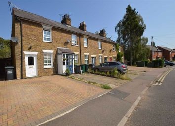 New Road, Croxley Green, Rickmansworth Herts WD3. 2 bed end terrace house