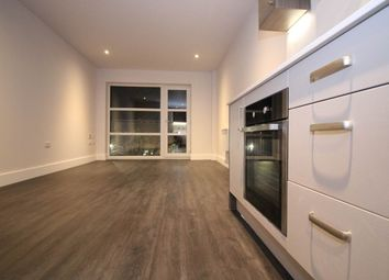 Thumbnail 2 bed flat to rent in Chatham Street, Leicester