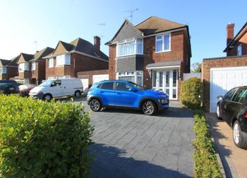 Raleigh Crescent, Goring By Sea, West Sussex BN12. 3 bed detached house