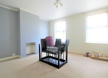 Thumbnail 1 bed flat to rent in Cranborne Parade, Mutton Lane, Potters Bar