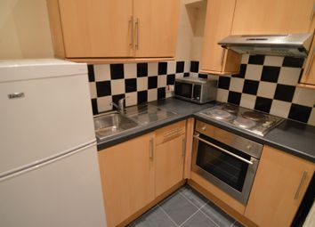 Thumbnail 2 bed flat to rent in Causeyside Street, Paisley