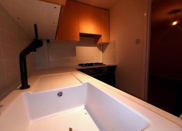 Thumbnail 2 bed flat to rent in Havant Rd, Walthamstow London