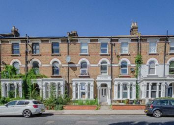 2 bed flat for sale in Brownswood Road, London N4
