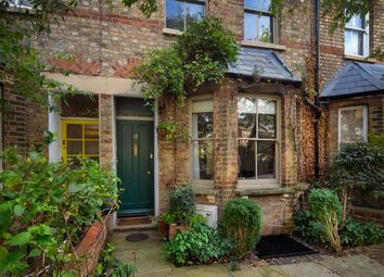 Thumbnail 3 bed terraced house for sale in Leckford Road, Central North Oxford